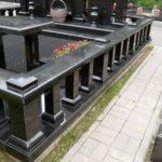 Выбор гранитной ограды на кладбище — виды, особенности и способы установки