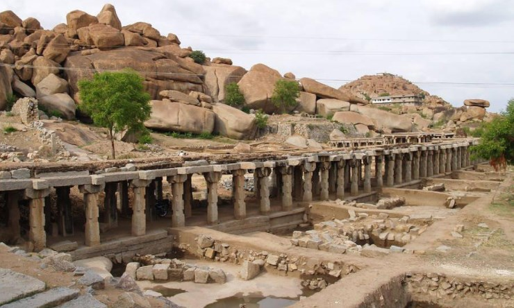 История возникновения памятников